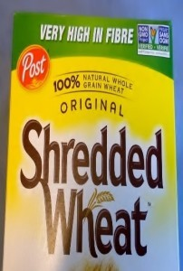 Photos of labelling on Shredded Wheat box.
